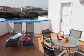 Image de Apartamentos Pantai