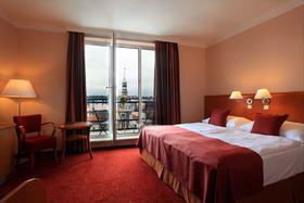 voir les prix pour Astoria Hotel