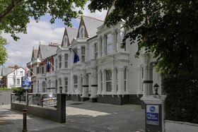 voir les prix pour BEST WESTERN Chiswick Palace & Suites