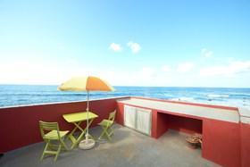 Image de Derecha del Roque overlooking the Sea
