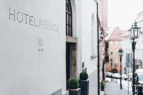 voir les prix pour Design And Style Hotel Neruda