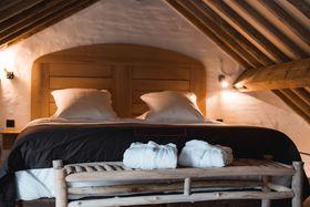 voir les prix pour Hotel Colvenier