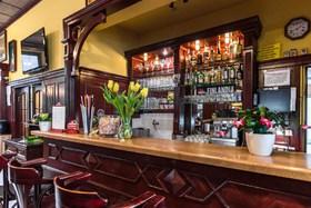 voir les prix pour Hotel Mars