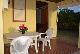 Image de House With 2 Bedrooms in Sainte-anne, With Enclosed Garden and Wifi - 3 km From the Beach