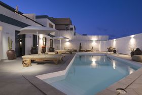 Image de Luxury with heated pool IV - Adults Only