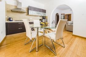 Image de Marble Arch Home