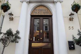voir les prix pour Pembridge Palace Hotel
