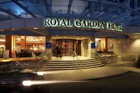 voir les prix pour Royal Garden Hotel