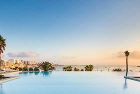 Image de The Coastline Hotel